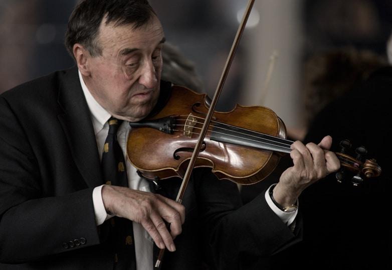Berner Musikkollegium konzert_klassische_musik_violine_musiker